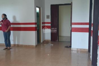 Bán căn hộ tầng 6 gồm 2 phòng ngủ 68m2 tại Nơ 3 Pháp Vân, giá chỉ 1 tỷ 220 triệu. LH: 0848192299