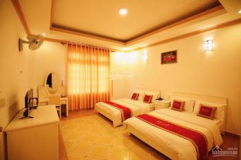 Bán gấp khách sạn 30 phòng mặt tiền Hà Huy Tập, P3