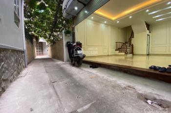 Nhà trung tâm Thanh Xuân, ô tô đỗ cửa, xây mới tinh
