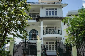 Nhà đang trống cần cho thuê gấp biệt thự Làng Đại Học 5PN 6WC giá 20tr/th. LH: 0901 107 116