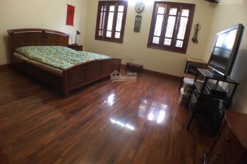 Chính chủ cần bán nhà 79.2m2, ngõ 55 Hoàng Hoa Thám, Ba Đình, ô tô đỗ cửa