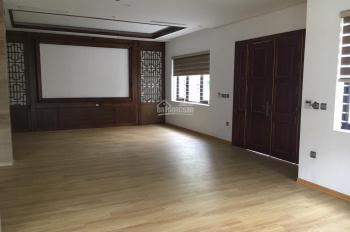Cho thuê nhà riêng phố Trần Quang Diệu, DT 100m2 x 4T, MT 6m, nhà đẹp tiện KD, giá 40 triệu/tháng