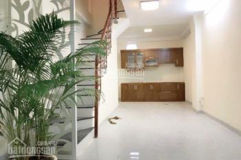 Cho thuê nhà ngõ 252 Tây Sơn, Trung Liệt, Đống Đa, 70m2 x 3T, giá 11tr/th