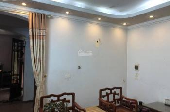 Chủ nhà cần bán nhà ở Hoàng Ngân, khu vực trung tâm. Nhà đẹp, giá hợp lý