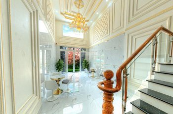 Cần bán gấp nhà khu dân cư Bình Tân, 1 trệt 1 lửng 2 lầu sân thượng, 290m2, sổ hồng riêng chính chủ