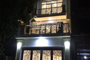Cho thuê nhà liền kề Thanh Xuân - Hà Nội, DT 75m2, 5T, có thang máy, điều hoà đầy đủ. Giá: 38 tr/th