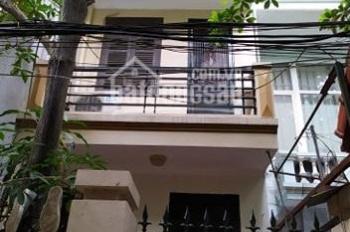 Cho thuê nhà 55m2x3 tầng ngõ 14 Huỳnh Thúc Kháng,ôtô cách 30m. 11 triệu