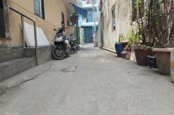 Nhà cho thuê Q Tân Phú, DT 4.3x12m, có gác lửng, hẻm 3m, giá thuê 6tr5/th. HĐ 1 năm LH 0909153679