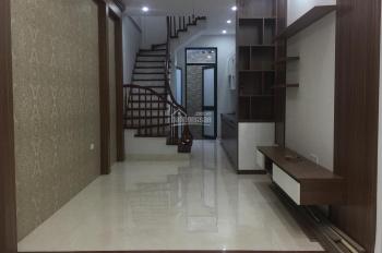 Bán nhà Cự Lộc, DT 34m2 x 5 tầng, gần Royal City, Nguyễn Trãi, giá 3.6 tỷ, 0977.998.121