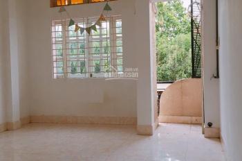 Cho thuê nhà 26 Tân Canh, P1, Q Tân Bình. 4x25m trệt 3 lầu