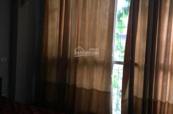 Cho thuê nhà riêng Thụy Khuê, Tây Hồ, 60m2, 3 tầng, 3PN, 1WC, 12 tr/th, full nội thất. 0988095174