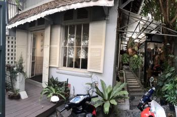 Bán biệt thự cổ Pháp hiếm có Sài Gòn tại P. 6, Q. 3 DT 279m2, giá 180 tỷ