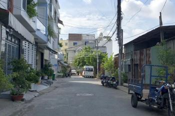 Bán lô đất cực đẹp mặt tiền đường Số 8, Phường Tân Quy, Quận 7. DT: 205,8m2, giá 7 tỷ