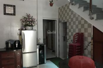 Nhà 2.5 tầng kiệt ô tô Hà Huy Tập. LH: 0908125223