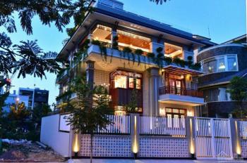 Bán nhà mặt tiền đường Bùi Hữu Nghĩa, Quận 5, DT 4m nở hậu đều 8.2m x 22m, 4 lầu đẹp nội thất CC