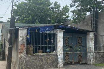 Cần tiền bán gấp căn nhà mặt tiền hẻm lớn đường Nguyễn Thị Định