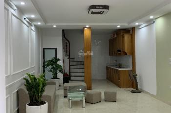Bán nhà riêng 04 tầng đầu ngõ 109 phố Đội Cấn, quận Ba Đình, HN