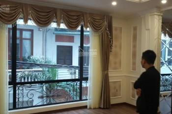 Bán gấp! Nhà mặt ngõ khu Bộ Y Tế phố Núi Trúc - Kim Mã, nhà ngay phố giá 3,7 tỷ (miễn môi giới)