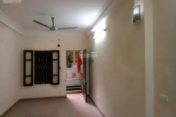 Chính chủ cho thuê nhà trọ dạng chung cư mini tại ngõ 376 Khương Đình. 40m2, có ban công, 3,1tr