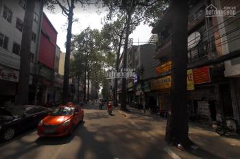 Nhà MT Trần Quang Khải Q1, DT 4.5x20m, 4 lầu, giá thuê 70tr/tháng. Cho kinh doanh ăn uống