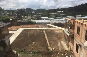 Đất bằng phẳng, đường xe hơi ưu thế xây lợi hầm đường Vạn Thành - LH: 0942.657.566