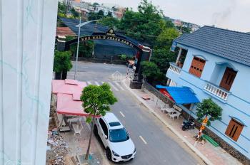 Bán nhà phố trung tâm Dĩ An, liền kề Big C, làng đại học, cầu vượt Linh Xuân