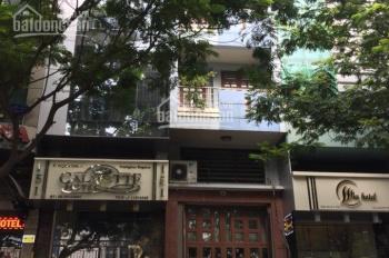 Đỗ Toàn - Cho thuê nhà MT Calmette, P. Nguyễn Thái Bình, Quận 1, DT: 4x20m 3 lầu giá rẻ chỉ 50tr/th