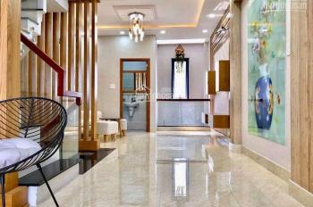 Nhà mặt tiền Ngô Quyền cạnh Trần Hưng Đạo, DT 4m x 21.5m, trệt lầu giá 20 tỷ