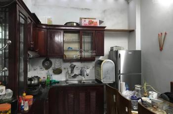 Cho thuê nhà tại Trần Cung 40m2, 3,5 tầng. Giá 10 triệu/th