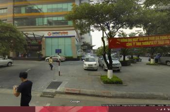 Cho thuê căn góc 2 MT chân tòa nhà mặt phố Duy Tân khu văn phòng sầm uất 250m2, vỉa hè bát ngát