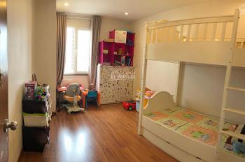 Cần bán căn hộ 3PN chung cư 106 Hoàng Quốc Việt, ngay Cầu Giấy, Hà Nội