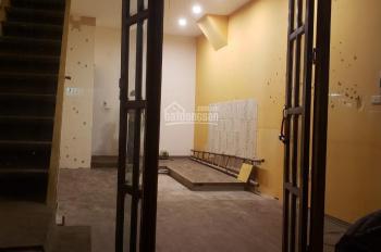 Cho thuê cửa hàng 2 tầng, mặt phố Mai Hắc Đế, DT 36m2 x 2 tầng, MT 4m, giá 24 triệu/tháng