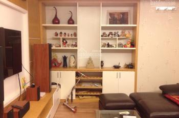 Bán gấp căn hộ N09B2 130m2, 3PN, đã sửa chữa toàn bộ đẹp, giá 30tr/m2. LH 0914142792