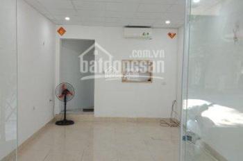 Cho thuê nhà mặt phố Nguyễn Hữu Huân, DT 27m2, MT 4m, giá 22 tr/th, LH 0968896456