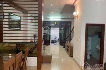 Bán nhà tổ 3 phường Thạch Bàn, đầu hồ Thạch Bàn và cách đường Thạch Bàn 50m, Q. Long Biên
