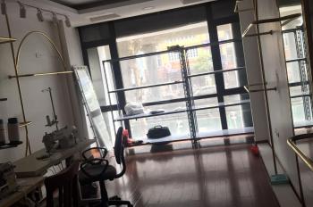 Cho thuê nhà mặt phố Trường Chinh, 70m2 x 2tầng, mặt tiền 4m, giá 20tr/th, LH 0981536492
