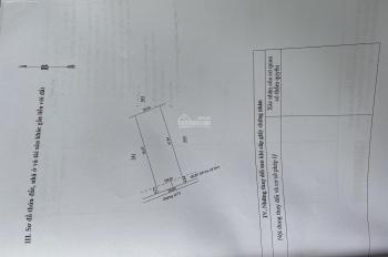 Mặt đường Bê tông 31 vành đai becamex nằm ngay khu dân cư ấp 5 hiện hữu dân cư đông đúc ,