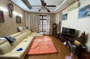 Nhà đẹp ở luôn phố Kim Mã, Ba Đình, lô góc, dt 51m, 5 tầng, giá 6.3 tỷ.