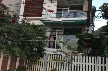 Chính chủ cần cho thuê căn biệt thự view biển đường Lê Văn Hưu, Phước Đồng, Nha Trang