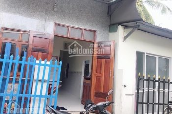 Cần bán gấp nhà (gần cảng cá Tam Quan) giá 1 tỷ. LH 0902.958.579