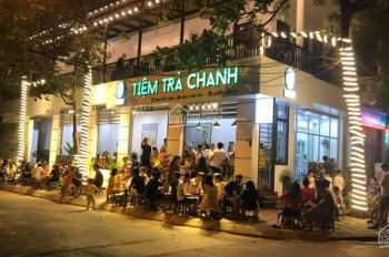 Cho thuê nhà lô góc mặt phố Nguyễn Chí Thanh, diện tích 80m2, mặt tiền 8m