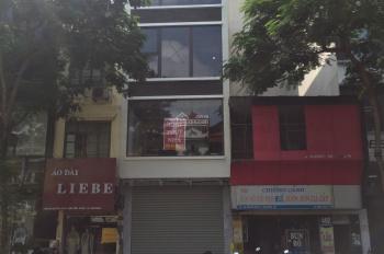 Cho thuê nhà mặt phố Lê Thanh Nghị, 30m2 x 5 tầng, MT 4m, giá 25tr/th, vị trí đẹp gần ngã tư