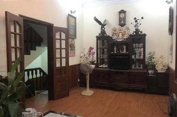 Chính chủ cần bán gấp nhà phố Ngọc Lâm, Long Biên, Hà Nội
