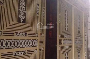 Bán nhà độc nhất vô nhị 4 tầng/30m2  MT 4m trung tâm Kim Mã ba bước ra phố giá chỉ 2,8 tỷ