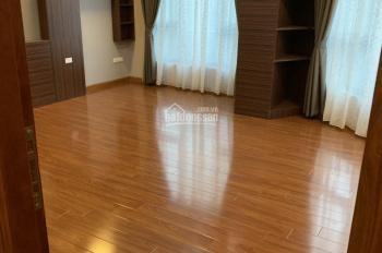 Cho hộ gia đình thuê nhà 5 tầng để ở ngõ 2 phố Trần Cung, giá 13 triệu/ tháng, LH: 0934455563 Biên