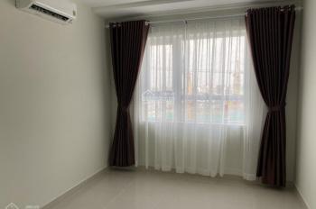 Căn hộ cho thuê, 70m2 2PN & 2WC, có sẵn rèm và máy lạnh. Giá thuê 8 triệu/ tháng