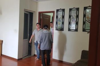 Chính chủ cần bán gấp căn hộ CT11 Kim Văn Kim Lũ 60 m2, nhà đẹp, thoáng mát, có ảnh thật kèm