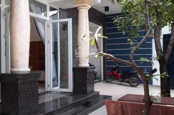 Định cư cần bán biệt thự sau TTTM Giga Mall Phạm Văn Đồng, DT: 10x16m công nhận 160m2
