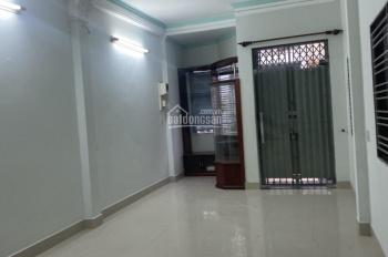 Nguyên căn đường Đô Đốc Chấn 5.5x20m - 3 lầu - ST - có sân trước - đường luồng cửa sau