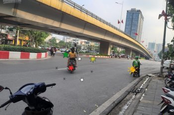 Mặt phố Nguyễn Chí Thanh, vỉa hè rộng, 40m2*5T, MT 5m, 15.9 tỷ
